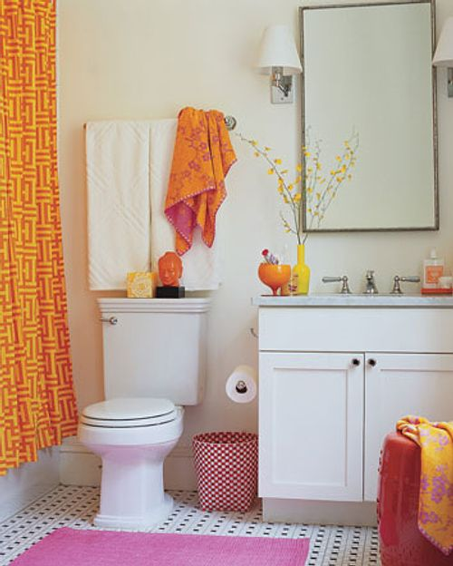 Baño De Color Deliplus Rojo Fuego:Small Apartment Bathroom Decorating ...